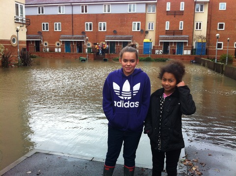 Oxford Mail: Re-ne Perkins, 12, and her sister Cacia, seven