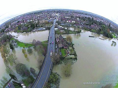 The quadcopter's aerial view of Abingdon and the floods
