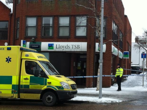 Scene of robbery at Lloyds TSB in Headington