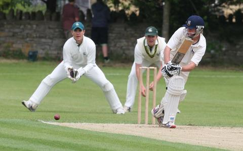 Miles Hammond in action for Oxfordshire Under 17s