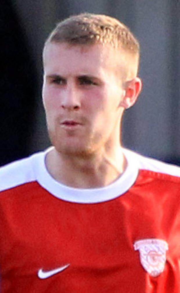 Oxford Mail: Didcot Town boss Gary Elkins is hopeful that Lee Henderson (pictured) can play some part this season as he recovers from a double leg fracture