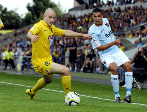 Deane Smalley knows he must be patient about a return to the Oxford United starting line-up