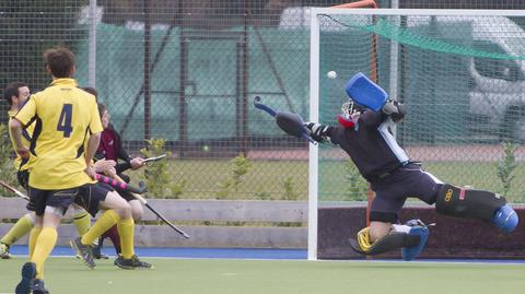 Oxford Hawks keeper Phil Hargreaves pulls off a fine save against Eastbourne