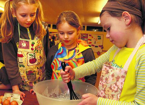 Volunteers sought to help guide young minds