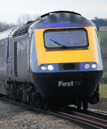 Major delays on First Great Western trains after lightning strike