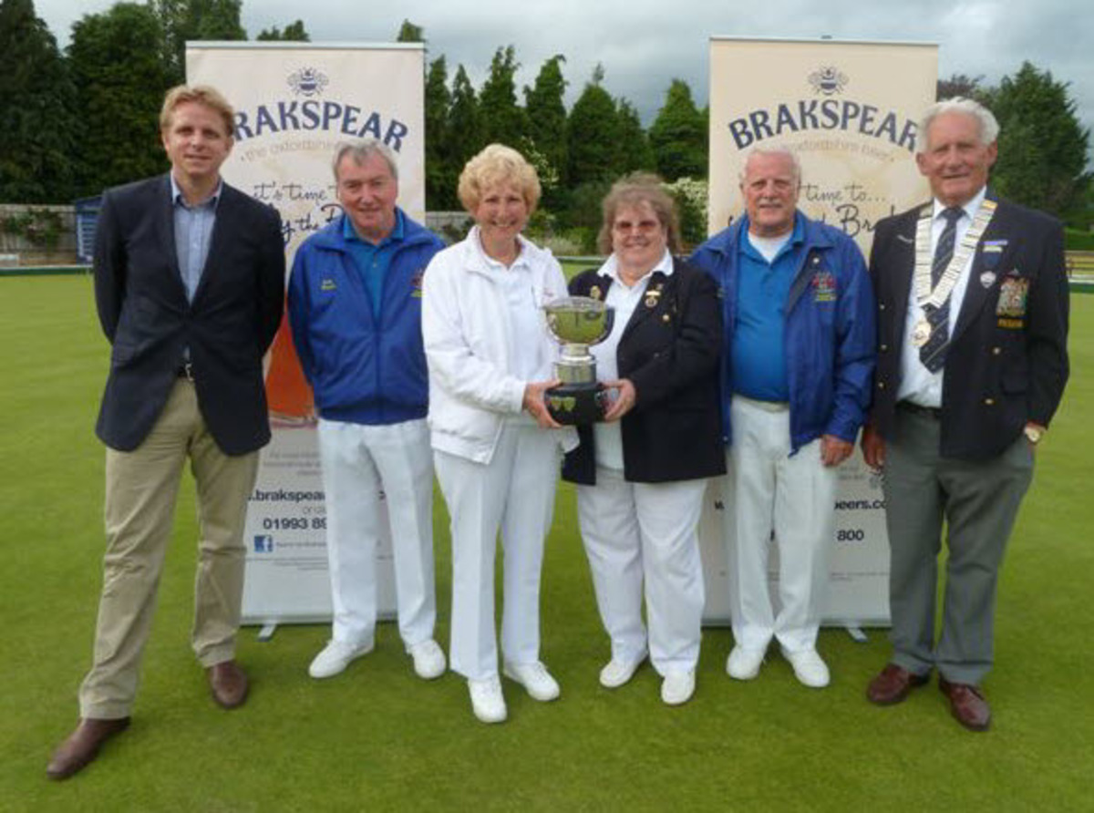 From left – Henry Franklin (representing sponsors Marston's Brewery) with Banbury Borough's John Brooks, Margaret Morris, Janet Fountain, Mike Morris and Oxford City & County president Alan Holmes