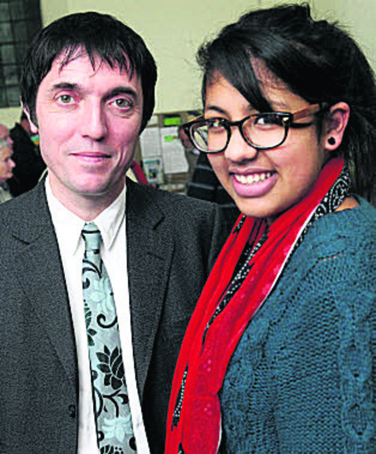 Radionhead's bassist Colin Greenwood with radio reporter Naiha Masih from the Children's Radio Foundation