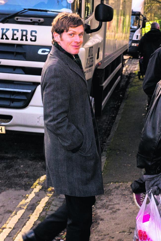 Shaun Evans on set      Pictures: OX64915 Greg Blatchford