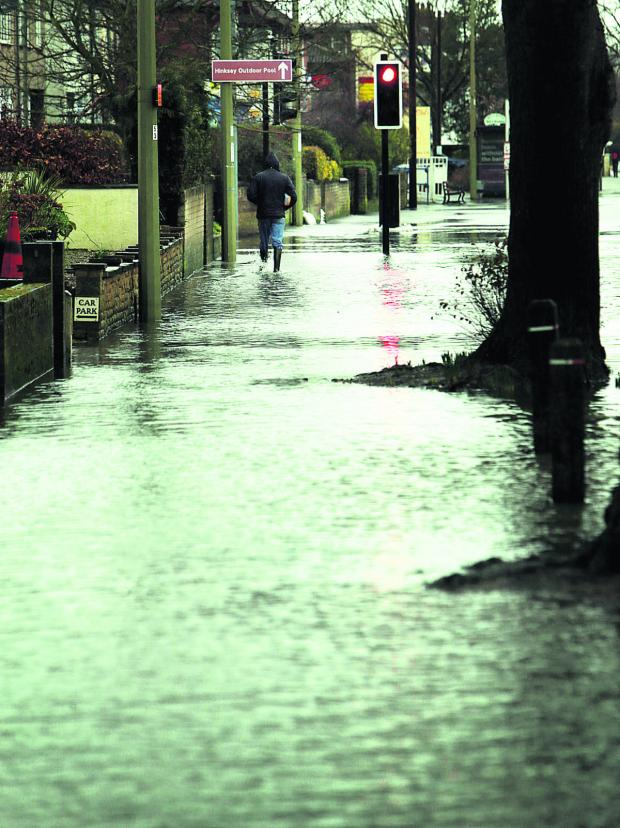 Oxford Mail: Flooding on Abingdon Road earlier this week    Pictures: Damian Halliwell and Cliff Hide