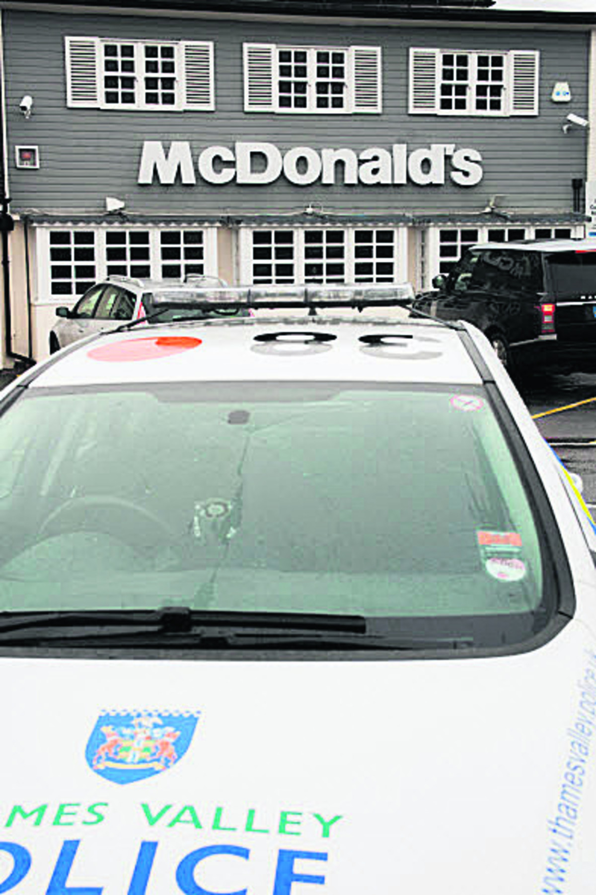 Police at the McDonald's on Botley Road
