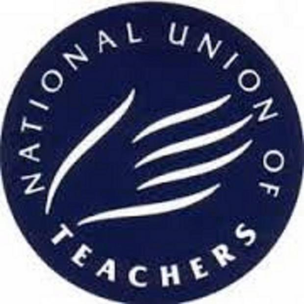 Oxford Mail: National Union of Teachers are holding strikes