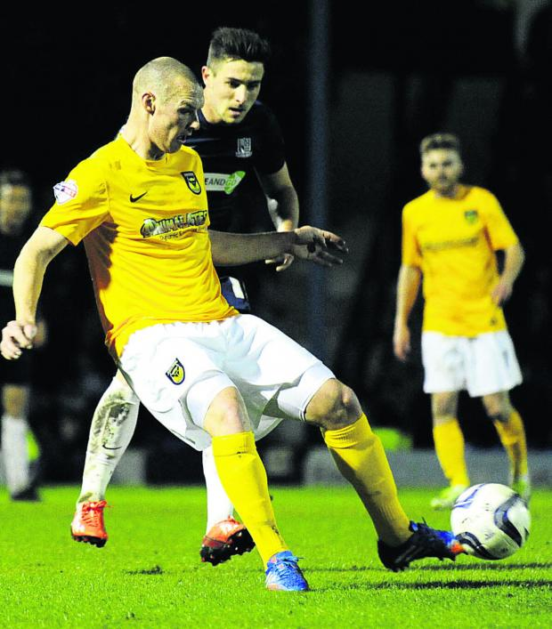 Oxford Mail: James Constable, pictured in action at Southend on Monday, is one of a number of Oxford United players out of contract this summer
