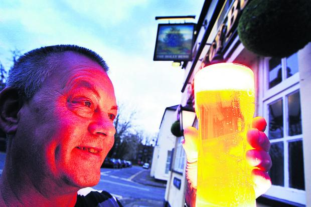 Oxford Mail: New landlord Ray Lees at the Holly Bush pub