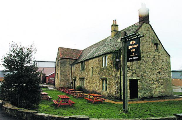 Oxford Mail: CLOSED: The Priory pub