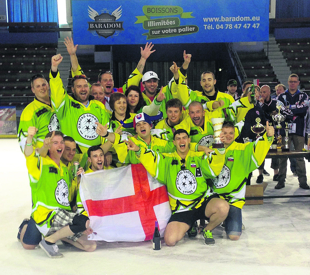 Oxford Shooting Stars celebrate finishing third in Lyon