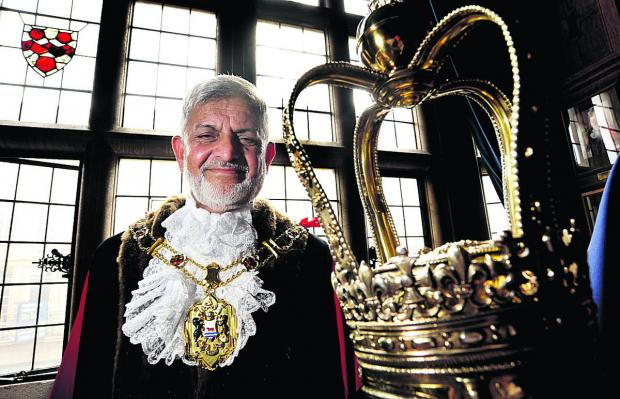 Oxford Mail: Mohammed Abbasi is the new Lord Mayor of Oxford