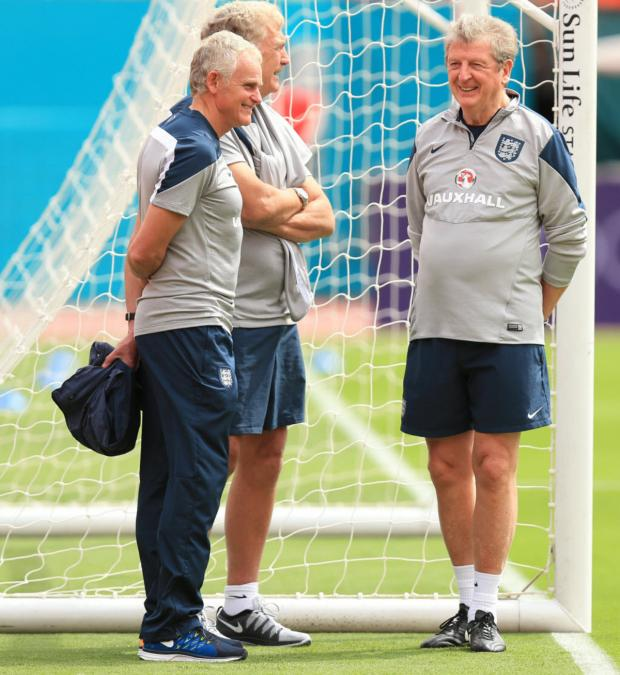 Oxford Mail: Dr Steve Peters (left) with Trevor Brooking and Roy Hodgson