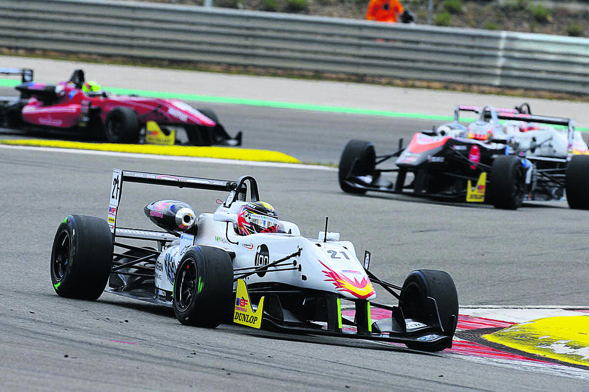 Sean Walkinshaw climbs through the field during two encouraging displays in rounds three and four of the EuroFormula Open season in Portugal