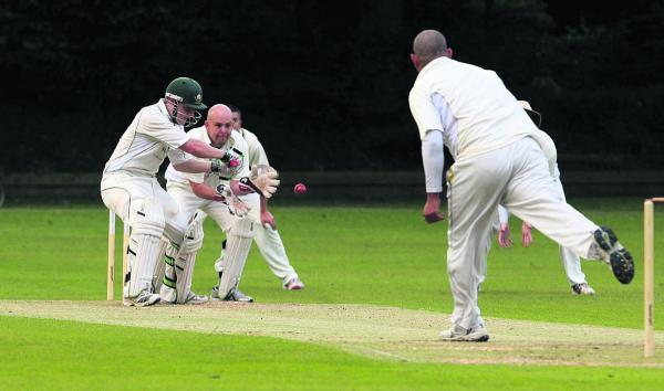 Oxford Mail: Ross Barrett (batting) returns for Shipton-under-Wychwood's clash with Horspath