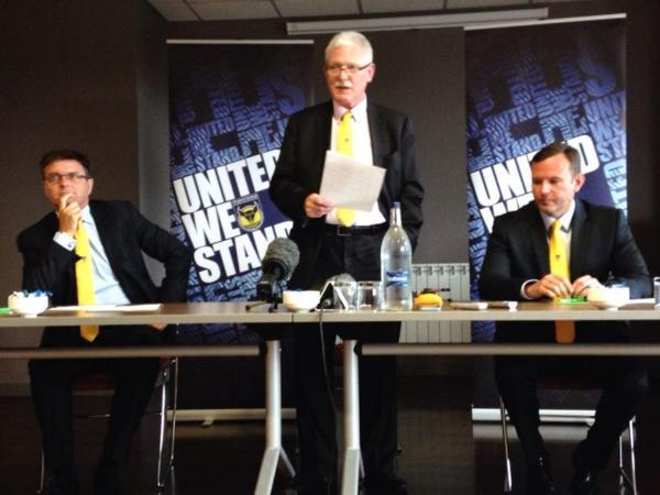 Oxford Mail: ANNOUNCEMENT: Ian Lenagan, centre, with Darryl Eales to his left and Mark Ashton to his right
