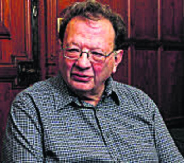 Oxford Mail: Larry Sanders