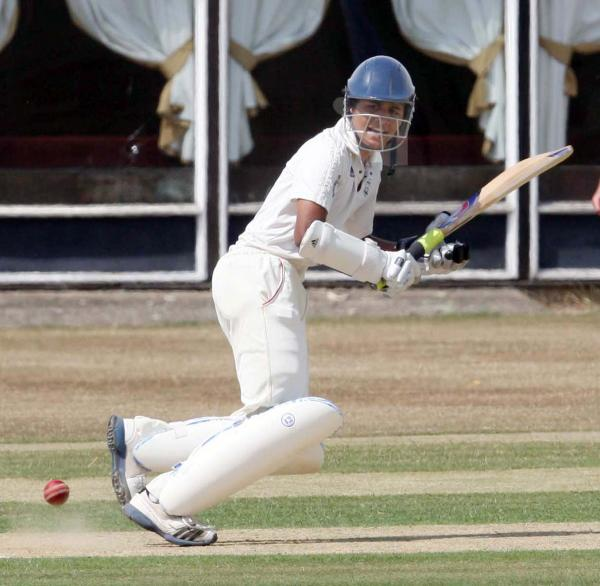 Vishane Perera top-scored with 21 in Oxon's second innings
