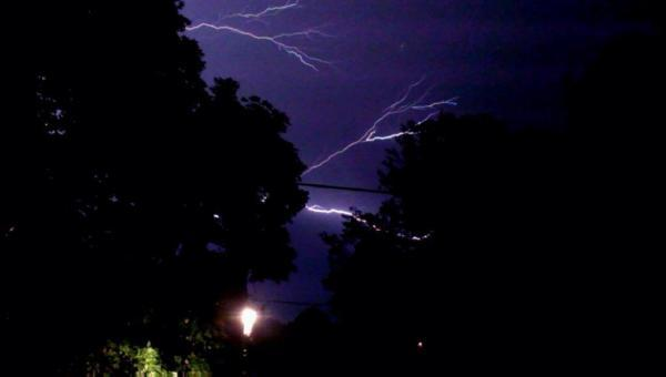 Reader Richard Brain sent in this picture from Kings Sutton