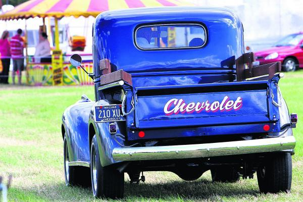 An immaculately restored 1940s Chevrolet truck at the West Oxfordshire Steam and Vintage Show in 2011