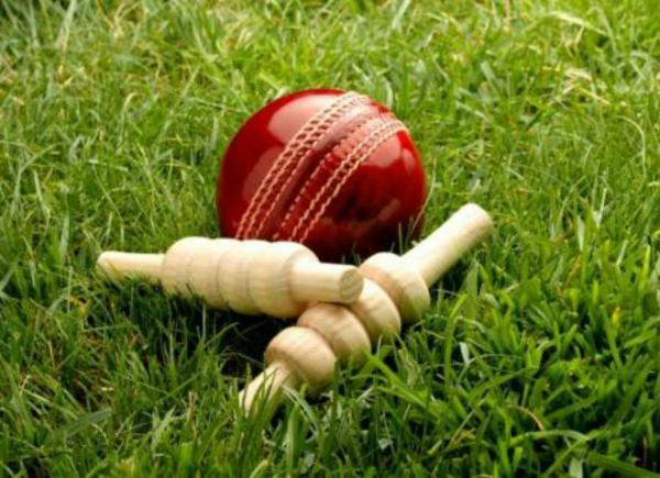 CRICKET: Oxfordshire women hold nerve to secure back-to-back success