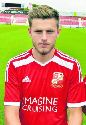 Wantage Town have taken defender Matty Jones on a month's loan from Swindon Town