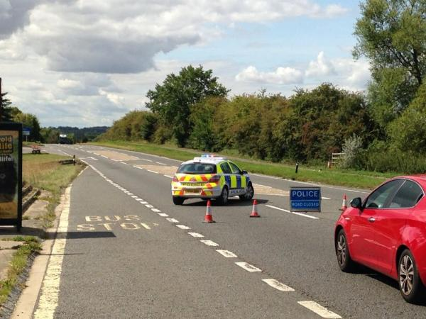 A40 re-opens after three-car crash near Eynsham