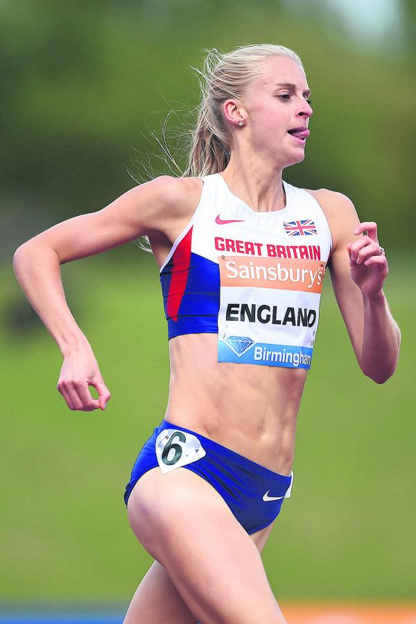 Hannah England races in the 800m at Birmingham