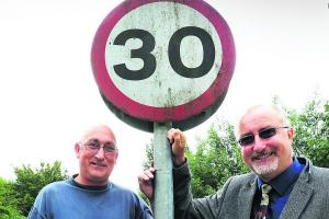 Praise as 30mph stretch extended near Kennington bus stops