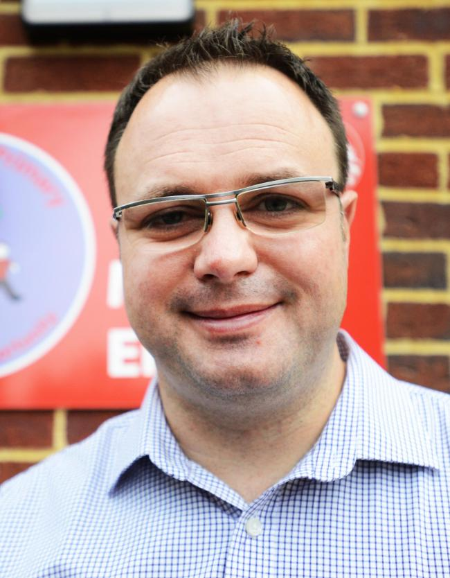 Cutteslowe Primary School headteacher Jon Gray