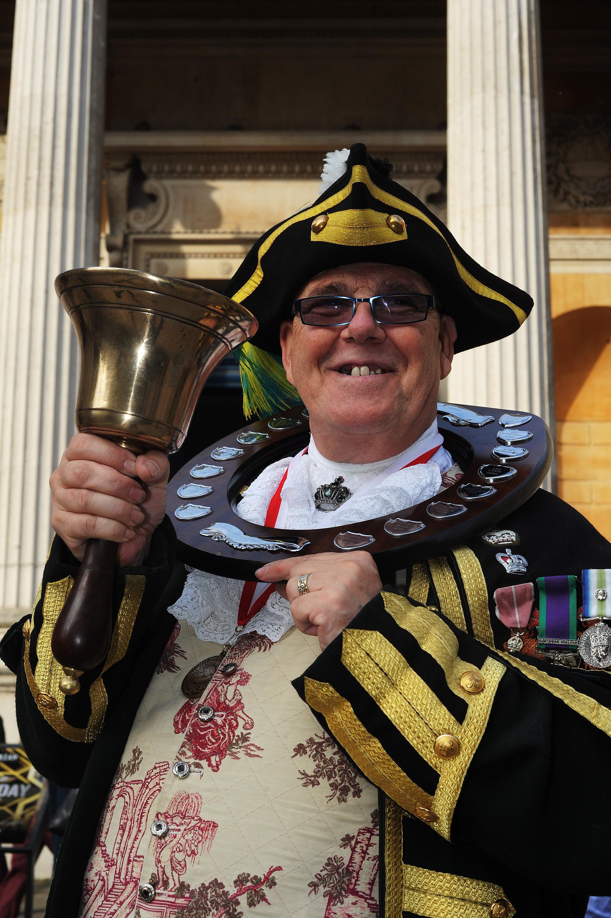 Town Crier quits over wearing war medals that weren't his
