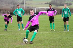 FOOTBALL: It's a perfect ten as Garsington march on at the top