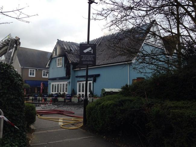 Four Shops And Carluccio S Still Closed As Bicester Village Fire Investigation Continues Oxford Mail