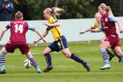 Kayleigh Hines (centre) bursts forward for Oxford United Women in their 2-0 loss to Aston Villa Ladies at Northcourt Road Picture: Ed Nix