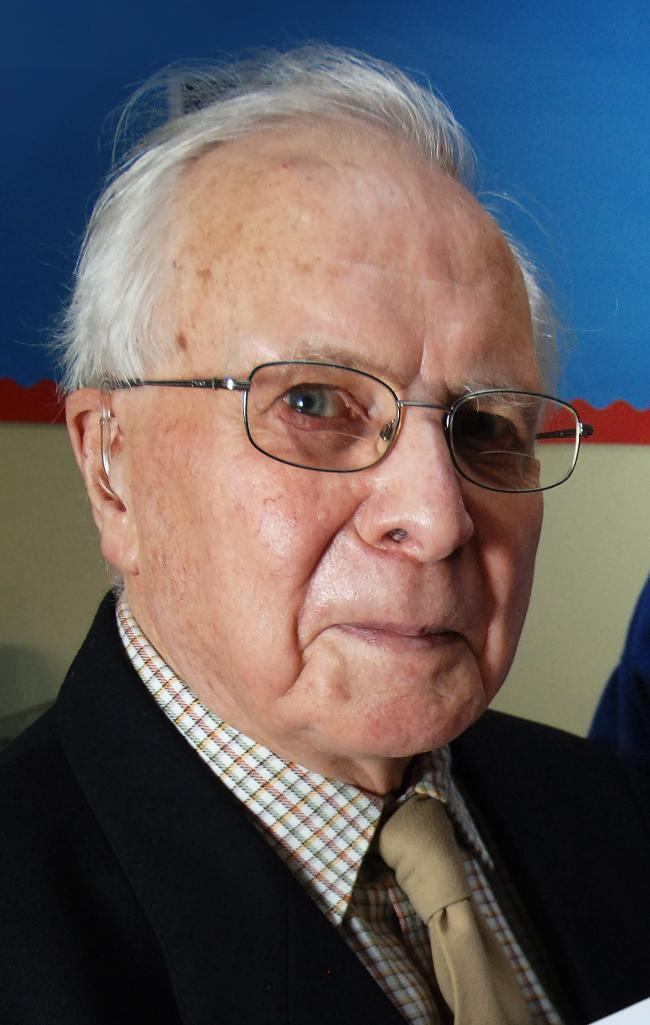 Obituary: D-Day veteran Robert Elmore worked to serve society