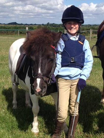 Tributes paid to nine-year-old girl Bonnie Armitage from West Hanney who died after being kicked by a horse