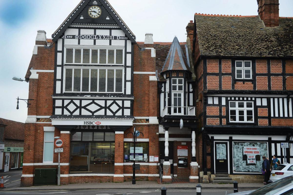 Wantage HSBC building could become a shop, a restaurant or a