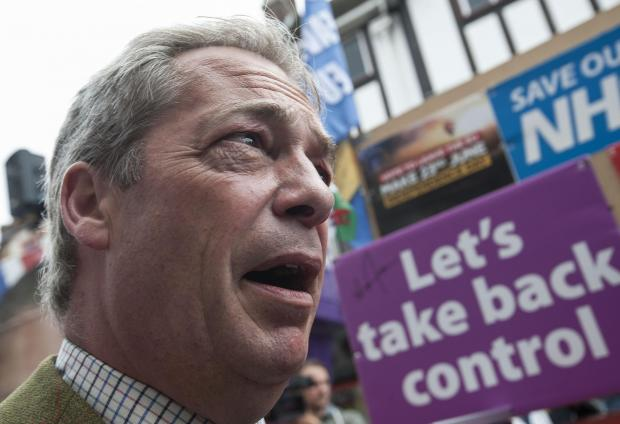 Oxford Mail: Ukip leader Nigel Farage during his party's referendum Brexit Battle Bus tour