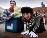 recycling in Oxford mimes