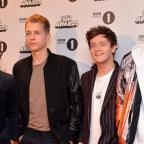 Oxford Mail: The Vamps win best group at Teen Awards