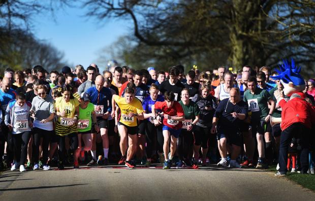 Oxford Mail: The OX5 Run 2017 at  Blenheim Palace ..Picture by Richard Cave26.03.17.