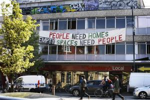 Plan to use empty buildings as homeless shelters backed by council