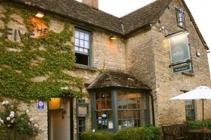 Cotswold charm: The Five Alls, Filkins