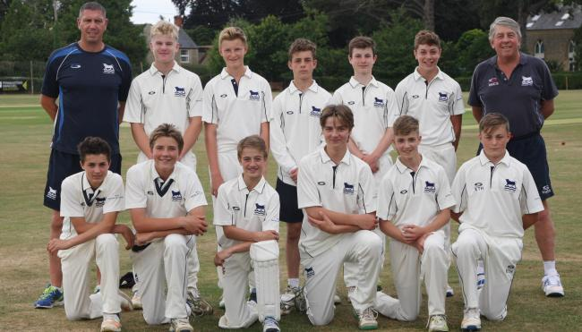 LINING UP: Oxfordshire Under 14s who played Hertfordshire. Back (from left): Richard Woodley (assistant coach), Luke Charlesworth, Tom Lydford-Brace, Jacob Ford-Langstaff, Josh Evans, Joe Elliott, Rowan McGregor (head coach). Front: Zach Lion-Cachet, Jame