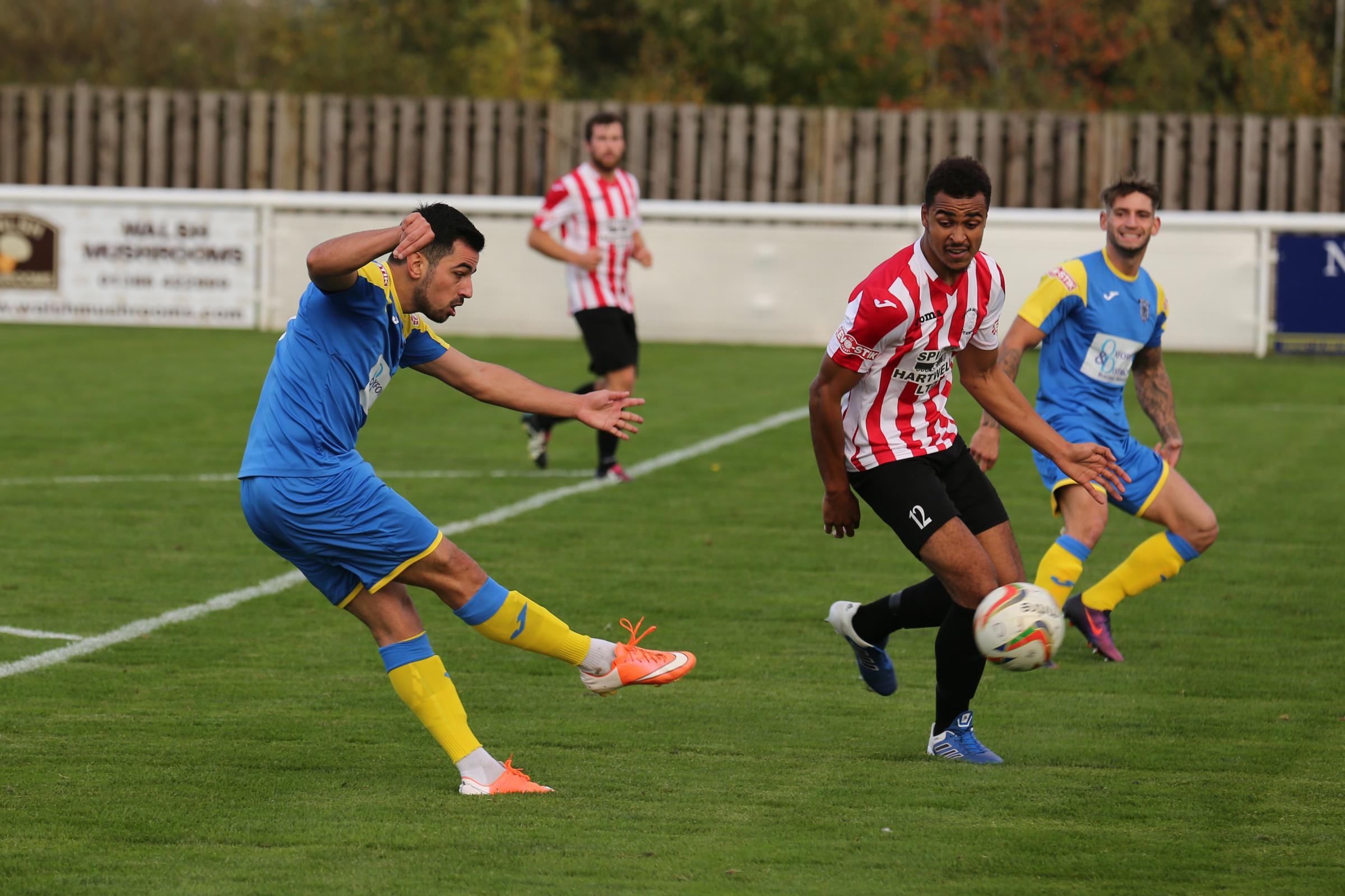 Felipe Barcelos scored two penalties for Didcot Town