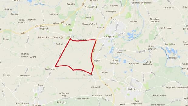 Oxford Mail: The borders of the land near Abingdon where Thames Water wants to build a reservoir. Picture: Google Maps